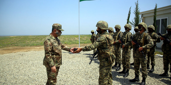 Müdafiə naziri azad olunmuş ərazilərdə yerləşən yeni hərbi hissələrin açılışında iştirak edib