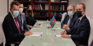 Ceyhun Bayramov Beynəlxalq Qırmızı Xaç Komitəsinin prezidenti ilə görüşüb