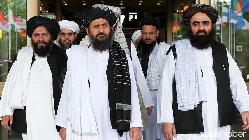"""""""Taliban"""" müvəqqəti baş nazirin FOTOSUNU YAYDI"""