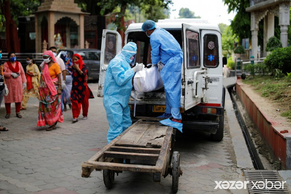 Hindistanda COVID-19 infeksiyasına yoluxma sayı sürətlə artır