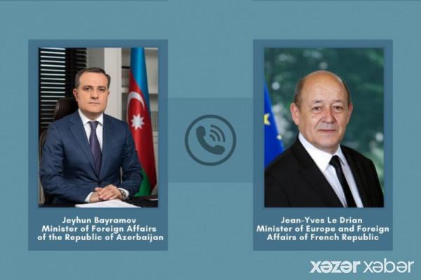 Azərbaycan və Fransa XİN başçılarının telefon danışığı olub